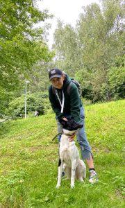 Дворняга. Консультация по коррекции поведения собаки после смены хозяина.